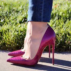 54 отметок «Нравится», 1 комментариев — @abracadabraistanbul в Instagram: «#highheels #heels #shoes #sexyshoes #sexyheels #stappysandal #toes #feet #fetish #pantyhose…»