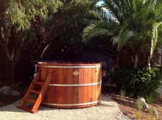 Colonial hot tubs