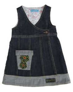 Make from old jeans.nicely polished and finished. Cute little or big girl dress. Remake Clothes, Sewing Clothes, Doll Clothes, Designer Baby Clothes, Denim Ideas, Recycled Denim, Stylish Kids, Little Girl Dresses, Baby Sewing