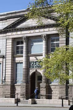 Exterior of Aberdeen Art Gallery