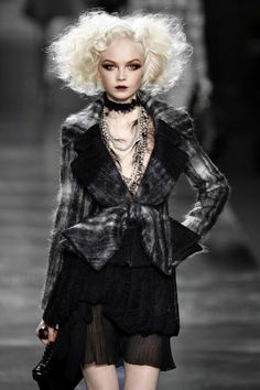 Siri Tollerod for Christian Dior Fall 2010