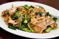 Thai Wide Noodle Stir Fry With Chicken- Pad See Ew Gai (recipe)