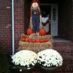 My Outdoor Fall Decor :)