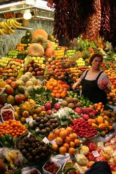 Fruit Market in Barcelona, Boqueria  Catalonia , Spain