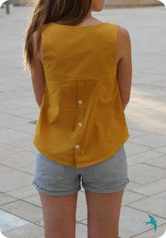 Datura mustard & co Short Kurti Designs, Kurta Designs, Blouse Designs, Kurta Neck Design, Diy Vetement, Couture Tops, Schneider, Short Tops, Trendy Fashion