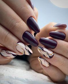 Semi-permanent varnish, false nails, patches: which manicure to choose? - My Nails Stylish Nails, Trendy Nails, Cute Nails, Nail Art Designs Videos, Ombre Nail Designs, Purple Nails, Glitter Nails, Hair And Nails, My Nails