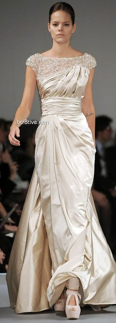 Elie Saab Spring Summer 2009 Haute Couture Fairly modest and soooo pretty  WITHOUT those huge shoes!