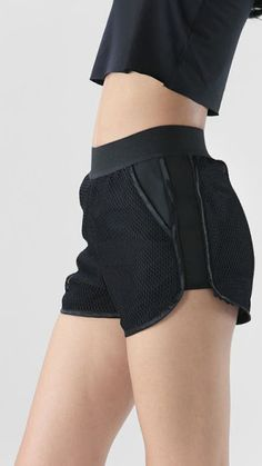 70 Ideas Sport Outfit Shorts Athletic Wear For 2019 Fashion Mode, Sport Fashion, Fitness Fashion, Fitness Wear, Style Fashion, 50 Fashion, Fashion Styles, Athletic Wear, Athletic Shorts