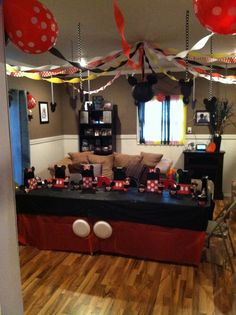 Mickey Mouse Birthday Decorations, Mickey Mouse First Birthday, Mickey Mouse Clubhouse Party, Twin First Birthday, Mickey Mouse Parties, Little Girl Birthday, Mickey Party, Second Birthday Ideas, 2nd Birthday Parties