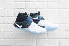 5673de547cfb Nike Kyrie 2