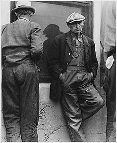 El desempleo arrasó los países occidentales durante la Gran Depresión.