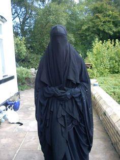 The Pearl of Islam Arab Girls Hijab, Girl Hijab, Muslim Girls, Muslim Couples, Beautiful Muslim Women, Beautiful Hijab, Pashmina Hijab Tutorial, Niqab Fashion, Fur Fashion