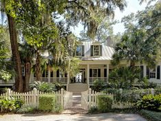 Architect Portfolio by Historical Concepts - Dering Hall Cottage House Plans, Country House Plans, Cottage Homes, Country Houses, House 2, Low Country Homes, Country Style, Historical Concepts, Traditional Exterior