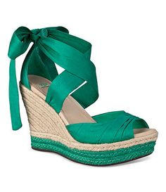 Shop Women's UGG Green size 7 Espadrilles at a discounted price at Poshmark. Description: UGG Lucianna Wedge in Jade. Green Wedges, Green Shoes, Ugly Shoes, Pretty Shoes, Ugg Australia, Wedge Shoes, Me Too Shoes, Uggs, Fashion Shoes