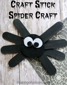 Make a sneaky little spider - DIY Halloween Crafts to Make with Your Kids - Photos