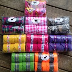U can never had too many pairs of polo wraps! Horse Boots, Horse Gear, Horse Tack, Pretty Horses, Horse Love, Horse Show Ribbons, Polo Wraps, Barrel Racing Horses, Horse Accessories