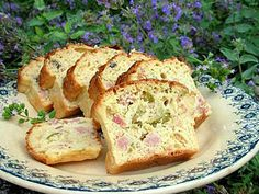 French Savoury Ham, Cheese and Olive Cake. Photo by French Tart French Tart, La French, French Food, Olive Cake Recipe, Cookie Dough Pie, Olive Bread, Cocktail Party Food, Light Snacks, Menu