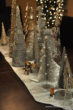 Woodland Chritmas // love the little animals
