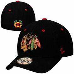 e0722f12ba6 Zephyr Chicago Blackhawks Powerplay Fitted Hat - Black