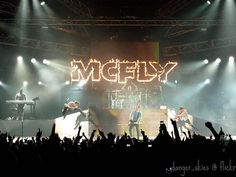 I absolutely love this effing band. Neon Signs, Sky, Concert, Music, Defenders, Rocks, Alternative, Bands, Heaven