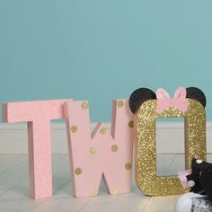 Minnie Mouse 2nd Birthday Party Decor Decorations Photoshoot Two-odles Toodles Twoodles Disney Theme Pink and Gold