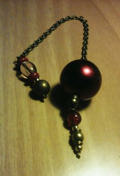 Red bauble pendulum (10)