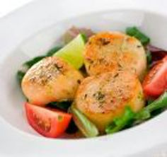 Sea ScallopsItem  Whether you sautee them in butter, deep fry, or bake them one thing is for sure, Scallops are delicious any way you make them. Fresh from the cold waters of the north Atlantic our Sea Scallops are flash frozen to preserve every bit of freshness and shipped direct to your doorstep. Like all of our products our sea scallops are backed up by our 100% guarantee.