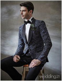 중후하고 세련된 스타일링을 제안하는 라비첸토 1 Formal Wear, Suit Jacket, Suits, Jackets, Fashion, Down Jackets, Moda, Fashion Styles, Suit