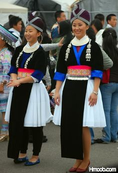 Hmong  Dawb (White) Clothes