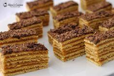 Prajitura cu foi cu miere si crema caramel Romanian Desserts, Romanian Food, Romanian Recipes, Cake Recipes, Dessert Recipes, Layered Desserts, Good Food, Yummy Food, Something Sweet