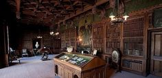 Cam's office/library where he dictates his story to Jenny