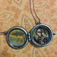 Hobbit House Lord of the rings Bilbo Baggins door by AlkalineSG, $35.00  #hobbit #Jewelry