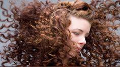 Evaluez l'épaisseur de vos cheveux pour mieux gérer vos soin