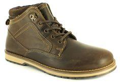 Desert boots, Chelsea boots