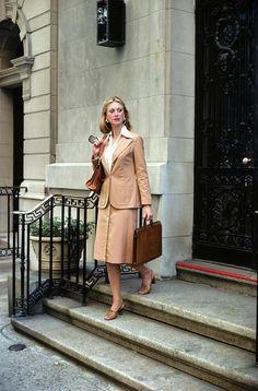 Professional Woman Wearing by Vintage Images 80s Womens Fashion, Tall Women Fashion, Iranian Women Fashion, Womens Fashion Casual Summer, 70s Fashion, Fashion Outfits, Suits For Women, Women Wear, 70s Mode