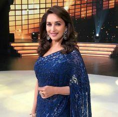 Madhuri d nene Bollywood Celebrities, Bollywood Actress, Madhuri Dixit Saree, Chitrangada Singh, Saree Trends, South Indian Actress, Timeless Beauty, Most Beautiful Women, Indian Actresses
