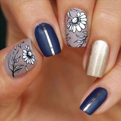 Get floral nail art and you're set to go. The patterns of floral nails art have gotten so intricate that it almost appears effortless. There are an assortment of things that could cause your nails to nice. Gold Nail Designs, Flower Nail Designs, Nail Designs Spring, Nails Design, New Year's Nails, Gold Nails, Hair And Nails, Watermelon Nail Designs, Watermelon Nails
