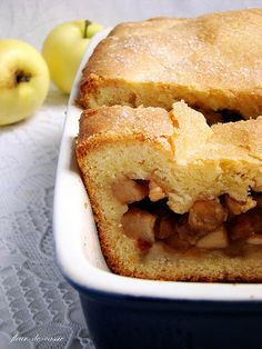 пирог яблочный русский 3 Apple Pie Cake, Pie Recipes, Hot Dog Buns, Biscuits, Sandwiches, Food And Drink, Sweets, Bread, Baking