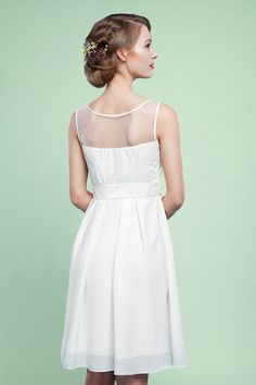 Die neue Labude Kollektion 2016: Kurzes #Brautkleid für das #Standesamt