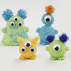Knutselidee: Aliens van Pearl Clay en Foam Clay Knutselidee: Aliens van Pearl Clay en Foam Clay The post Knutselidee: Aliens van Pearl Clay en Foam Clay appeared first on Knutselen ideeën. Clay Magnets, Trending Crafts, Arts And Crafts, Diy Crafts, Googly Eyes, Air Dry Clay, Diy Clay, Clay Beads, Creative Kids
