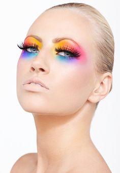 Clean Makeup Rainbow Eyes