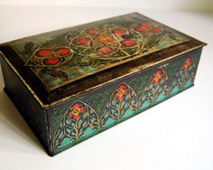 Aqua and red. Best color combo ever. #tins #vintage