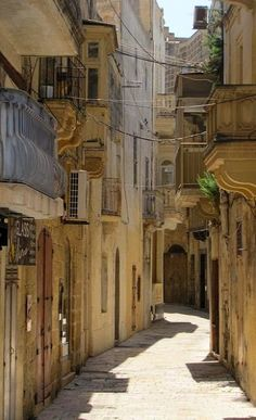Narrow back street of Victoria on Gozo, Malta