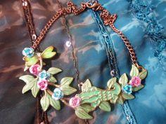 Collier sauvage entre la faune et flore : Collier par bijoux-et-creations
