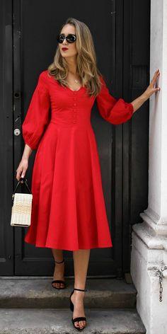 30 Dresses in 30 Days Modest Dresses, Simple Dresses, Cute Dresses, Casual Dresses, Chic Dress, Classy Dress, Midi Dress With Sleeves, Dress Up, Red Midi Dress