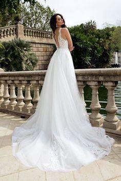 MARIANA wedding Dress by TINA VALERDI