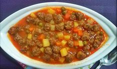 Making Juicy Meatballs – Meat Foods Homemade Beauty Products, Meat Recipes, Chili, Health Fitness, Soup, Dishes, Cooking, Wordpress Theme, Pasta