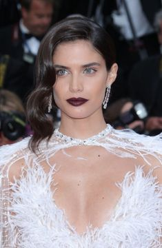"Sara Sampaio at the red carpet for the ""Solo: A Star Wars Story"" Red Carpet at the 71st Cannes Film Festival, 05/15/2018. #cannes #cannesfilmfestival #festivaldecannes #celebrity #celebritystyle #redcarpet #fabfashionfix  #sarasampaio"