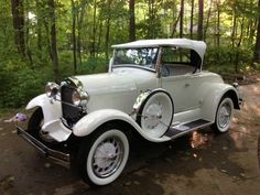 1929 Ford Model A White 2-Door Coupe Convertible..