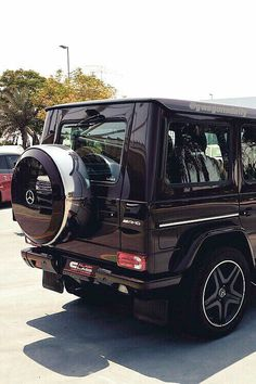 Find images and videos about black, car and mercedes on We Heart It - the app to get lost in what you love. Mercedes G Wagon, Mercedes Benz G Class, Maserati, Bugatti, Lamborghini, My Dream Car, Dream Cars, Mercedez Benz, Lux Cars